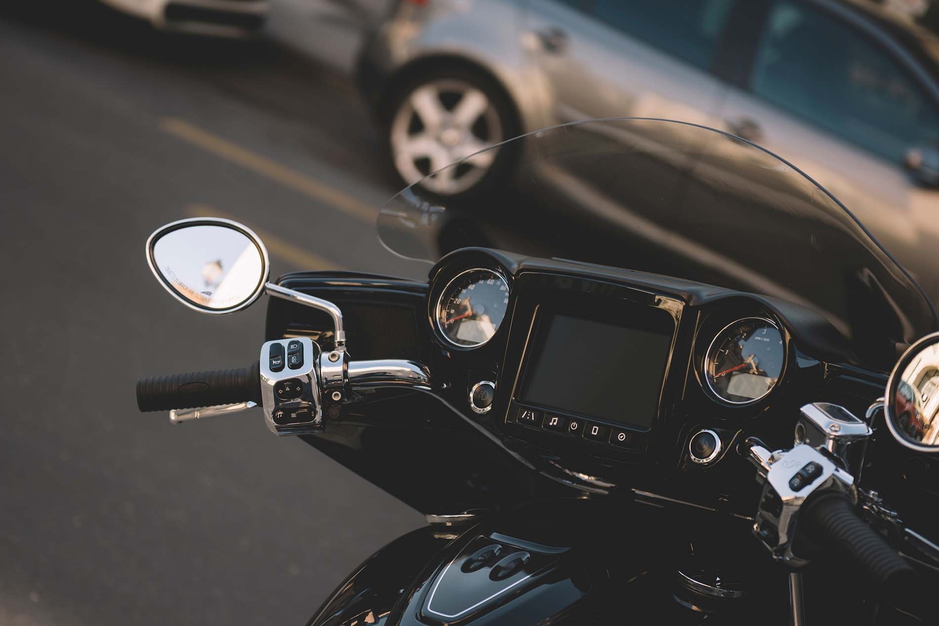 motorcycle screens and motorcycle wind deflectors advantages